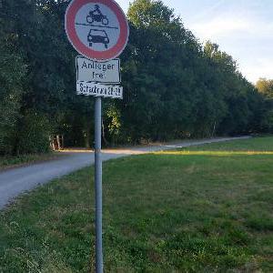 Treffen im Wald zwischen Tönisberg und St.Hubert